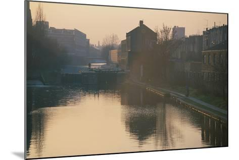 Regents Canal, London-Peter Thompson-Mounted Photographic Print
