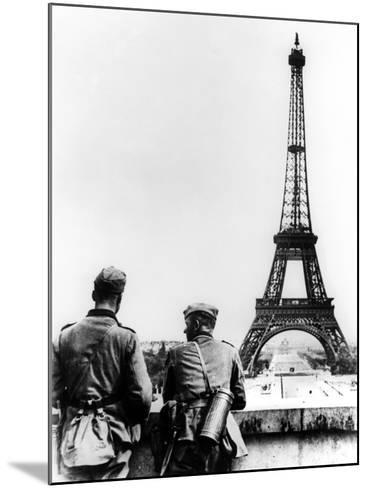 German Soldiers at the Eiffel Tower, Paris, June 1940--Mounted Photographic Print