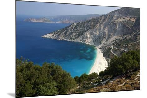 Mirtos Beach, Kefalonia, Greece-Peter Thompson-Mounted Photographic Print