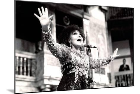 Cleo Laine, the Globe, London, 2000-Brian O'Connor-Mounted Photographic Print