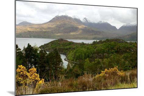 Loch Torridon and the Torridon Hills, Highland, Scotland-Peter Thompson-Mounted Photographic Print