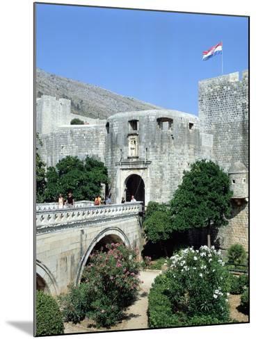 Pile Gate, Dubrovnik, Croatia-Peter Thompson-Mounted Photographic Print