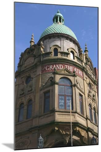 Grand Theatre, Blackpool, Lancashire-Peter Thompson-Mounted Photographic Print