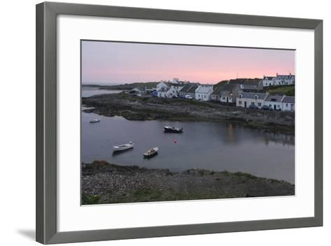 Portnahaven, Islay, Argyll and Bute, Scotland-Peter Thompson-Framed Art Print