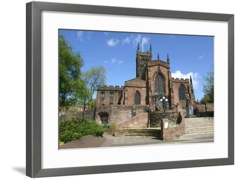 Lady Wulfrun Statue and St Peters Church, Wolverhampton, West Midlands-Peter Thompson-Framed Art Print
