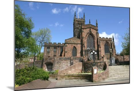 Lady Wulfrun Statue and St Peters Church, Wolverhampton, West Midlands-Peter Thompson-Mounted Photographic Print