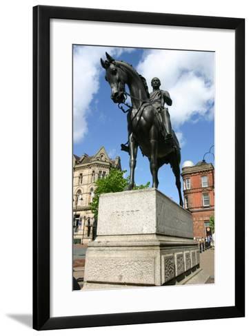 Prince Albert Statue, Wolverhampton, West Midlands-Peter Thompson-Framed Art Print