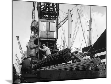 Dockers Loading Steel Bars onto the Manchester Renown, Manchester, 1964-Michael Walters-Mounted Photographic Print