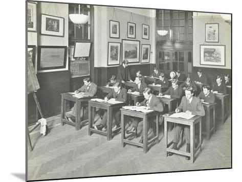 Bookkeeping Class for Men, Blackheath Road Evening Institute, London, 1914--Mounted Photographic Print