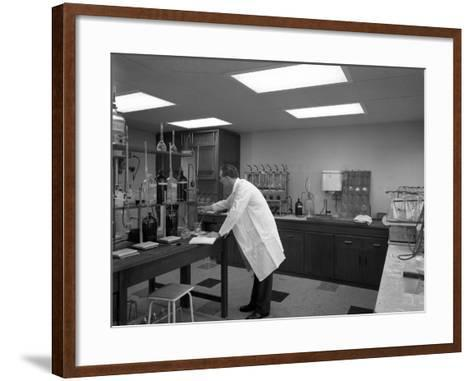 Laboratory Facility at Spillers Animal Foods, Gainsborough, Lincolnshire, 1960-Michael Walters-Framed Art Print