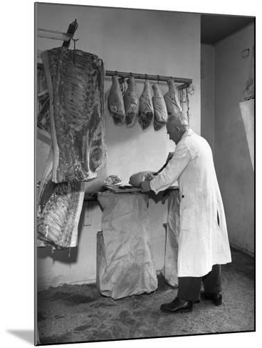 Dressing Meat for Sale, Rawmarsh, South Yorkshire, 1955-Michael Walters-Mounted Photographic Print