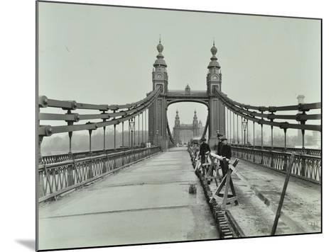 Workmen on Old Chelsea Bridge, London, 1921--Mounted Photographic Print