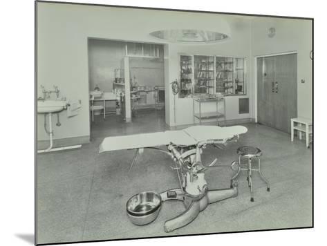 Operating Theatre, Lewisham Hospital, London, 1936--Mounted Photographic Print