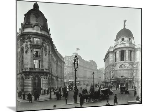 The Gaiety Theatre, Aldwych, London, 1909--Mounted Photographic Print