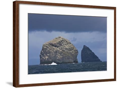 Stac Lee and Stac an Armin, St. Kilda Archipielago, Outer Hebrides, Scotland, UK-Mu?oz-Framed Art Print
