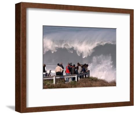 Spectators Line the Bluff at La Jolla Cove to Get a Good Look at the Large Surf in San Diego--Framed Art Print