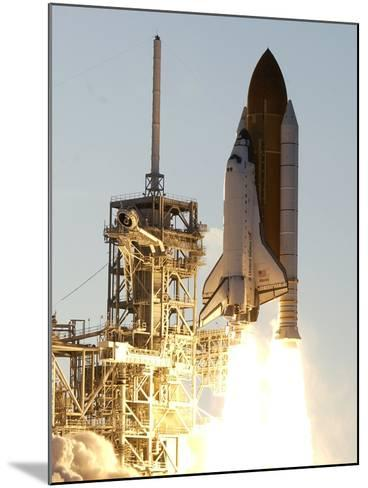 APTOPIX Space Shuttle-Terry Renna-Mounted Photographic Print
