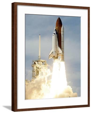 Space Shuttle-John Raoux-Framed Art Print