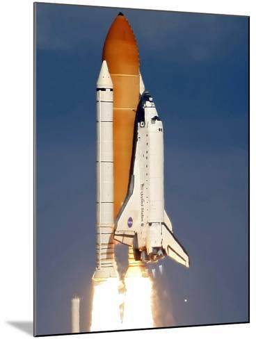 Space Shuttle-Alan Diaz-Mounted Photographic Print