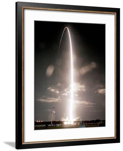 Space Shuttle-Paul Kizzle-Framed Art Print