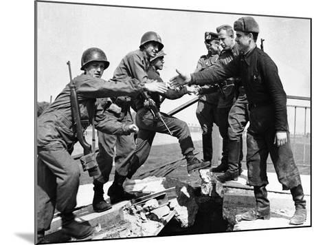 WWII Yanks and Russians Meet 1945--Mounted Photographic Print