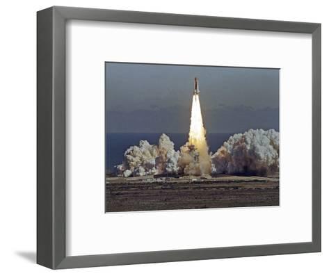 Space Shuttle Challenger 1986-Thom Baur-Framed Art Print