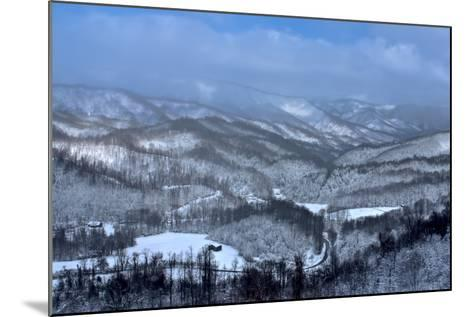 Mountain View-Bob Rouse-Mounted Photographic Print
