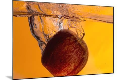 Apple Underwater-Gordon Semmens-Mounted Photographic Print