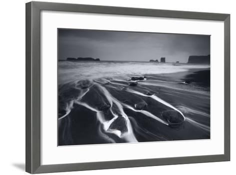Kirkjufjara- Everlook Photography-Framed Art Print