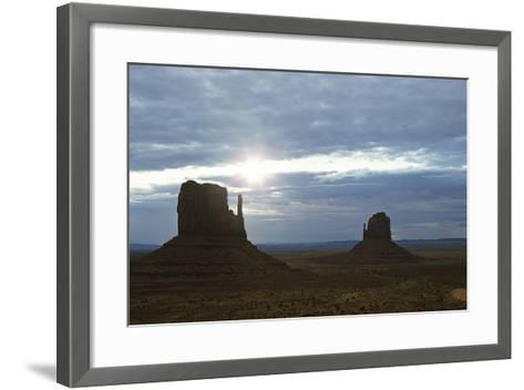 Monument Valley 04-Gordon Semmens-Framed Art Print