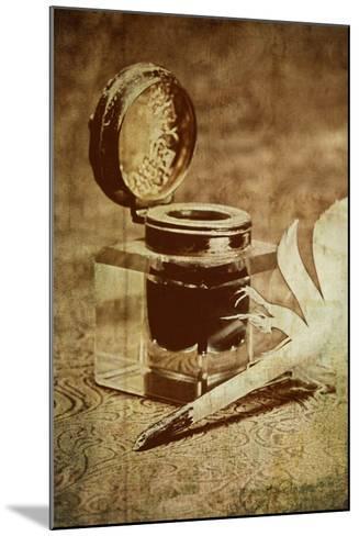 Inkwell V-C^ McNemar-Mounted Photographic Print