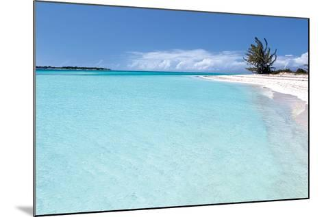 Beach Delliscay-Larry Malvin-Mounted Photographic Print