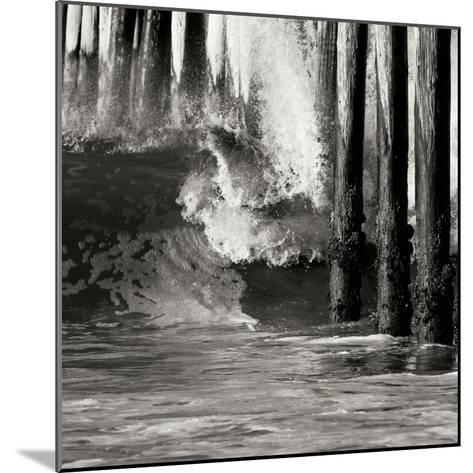 Wave 6-Lee Peterson-Mounted Photographic Print