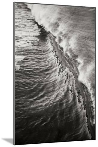 Wave 3-Lee Peterson-Mounted Photographic Print