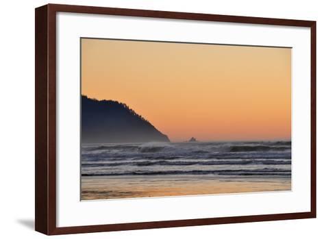 Ocean Sunset I-Logan Thomas-Framed Art Print