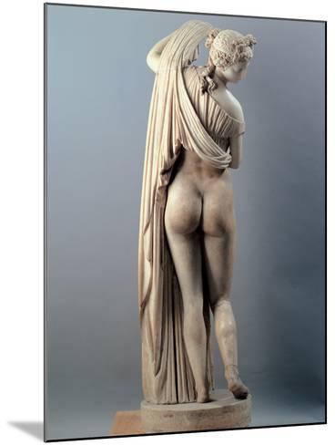 Venus Callipygian, Kallipygos, 1st Century, Marble, Full Relief--Mounted Photographic Print
