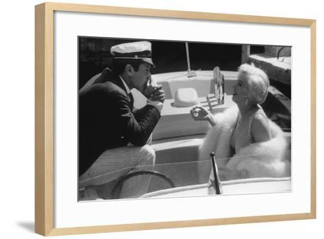 Tony Curtis and Marilyn Monroe in 'Some Like it Hot'--Framed Art Print