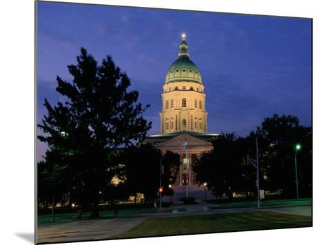 State Capitol, Topeka, USA--Mounted Photographic Print
