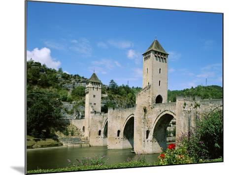 Pont Valentre and Lot River, Cahors, Lot Region, France--Mounted Photographic Print