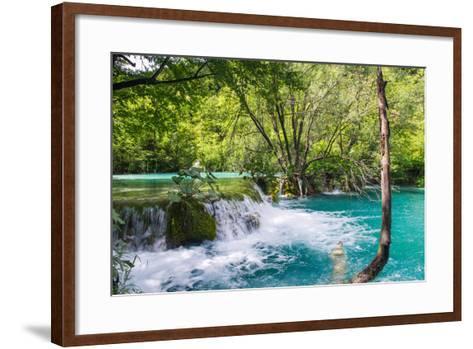 Plitvice Lakes National Park, the Largest National Park in Croatia, UNESCO World Heritage-siempreverde22-Framed Art Print