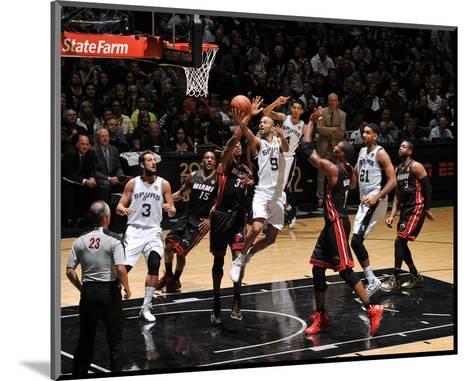 2014 NBA Finals Game Two: Jun 8, Miami Heat vs San Antonio Spurs - Tony Parker-Garrett Ellwood-Mounted Photo