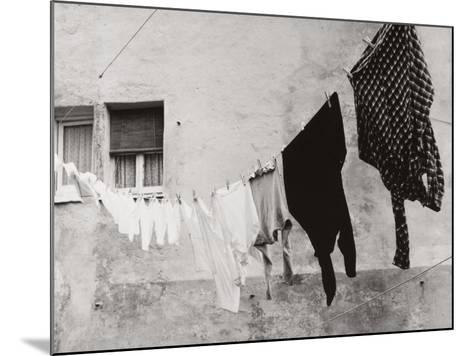 Laundry Hanging Out to Dry-Vincenzo Balocchi-Mounted Photographic Print