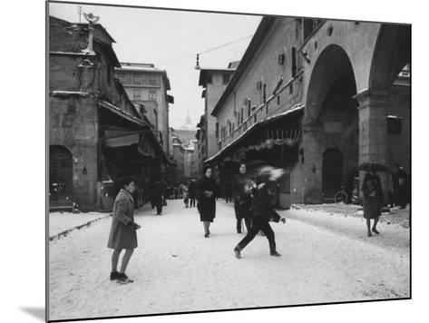 Ponte Vecchio with Snow-Vincenzo Balocchi-Mounted Photographic Print