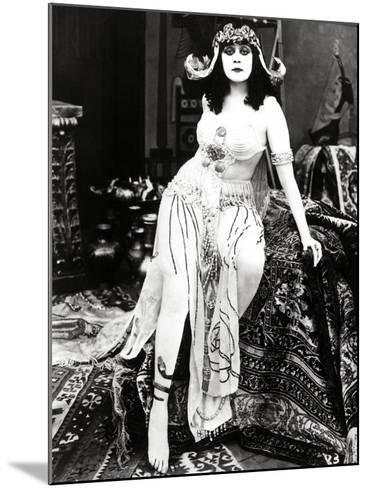 "Theda Bara. ""Cleopatra"" 1917, Directed by J. Gordon Edwards--Mounted Photographic Print"
