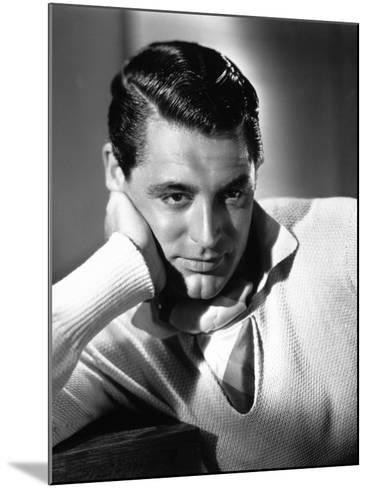 Cary Grant, 1935--Mounted Photographic Print