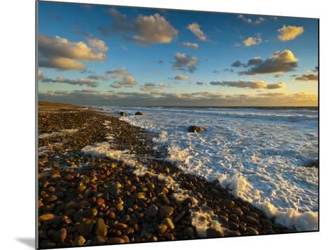 Sunset Along Moshup Beach, Martha's Vineyard with View of Ocean-James Shive-Mounted Photographic Print