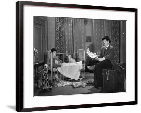 Oliver Hardy, Stan Laurel, Pack Up Your Troubles, 1932--Framed Art Print