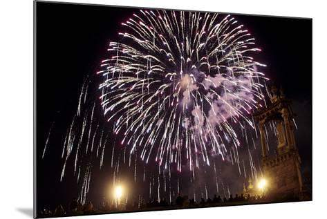 People Enjoy the Fireworks During the 'Nit Del Foc'-Kai Forsterling-Mounted Photographic Print