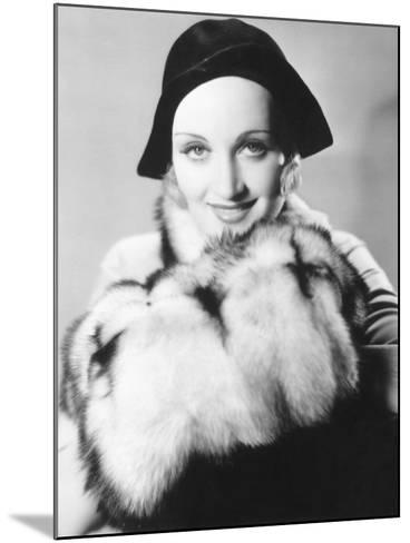 Carole Lombard--Mounted Photographic Print