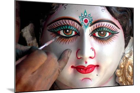 Final Touches to an Idol of Hindu Goddess Durga Ahead of the Nine Days Long Navratri Festival-Sanjeev Gupta-Mounted Photographic Print